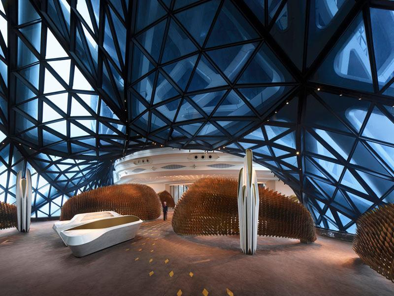 طراحی داخلی هتل مورفئوس زاها حدید